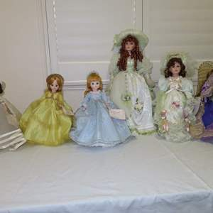 Auction Thumbnail for: Lot 7 - 5 Porcelain Dolls