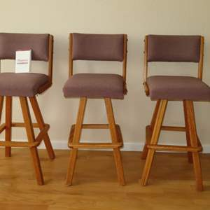 Auction Thumbnail for: Lot 83 - 3 Matching Barstools