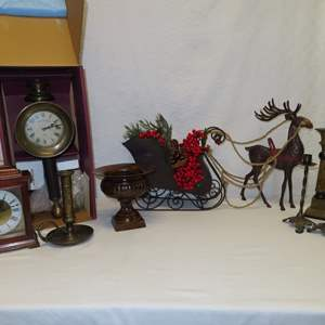 Auction Thumbnail for: Lot 101 - Vintage Clocks & More