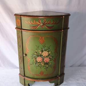 Auction Thumbnail for: Lot 74 – Tole Painted Corner Stand