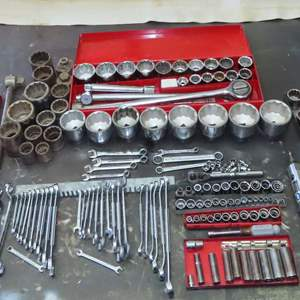 """Auction Thumbnail for: Lot 186 - 1/4"""" 3/8"""" 1/2"""" and 3/4"""" Drive Socket Sets with SAE & Metric, Plus Metric Wrenches"""