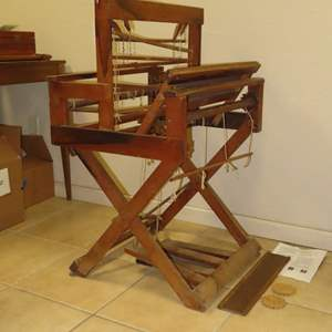 Auction Thumbnail for: Lot 105 - Antique Loom - Counter Balance Style