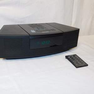 Auction Thumbnail for: Lot 22 - Bose Wave Radio/CD Player with Remote
