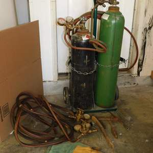 Auction Thumbnail for: Lot 80 - Gas Welding Setup - Tanks & Gauges - with Extras