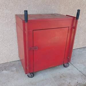 Auction Thumbnail for: Lot 75 - Metal Shop Cabinet