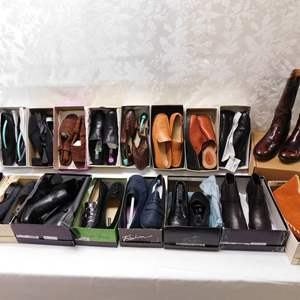 Auction Thumbnail for: Lot 52 - Lady's Shoes - Size 10