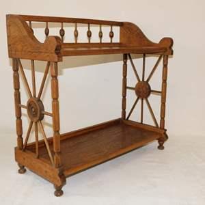Auction Thumbnail for: Lot 67 - Small Oak Shelf