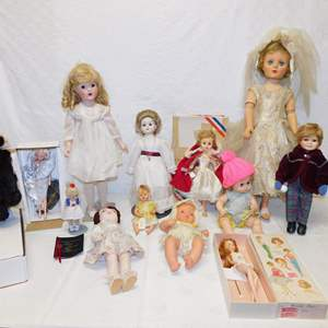Auction Thumbnail for: Lot 99 - Vintage Dolls - Variety Lot