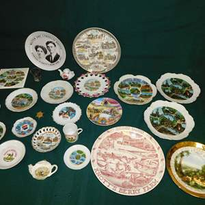 Auction Thumbnail for: Lot 44 - Collectables - all Knott's Berry Farm