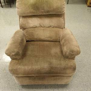 Auction Thumbnail for: Lot 15 - Recliner