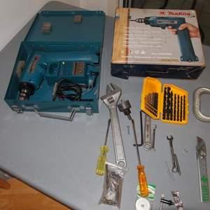 Auction Thumbnail for: Lot 2 - Makita 9.6V Cordless Drill Set