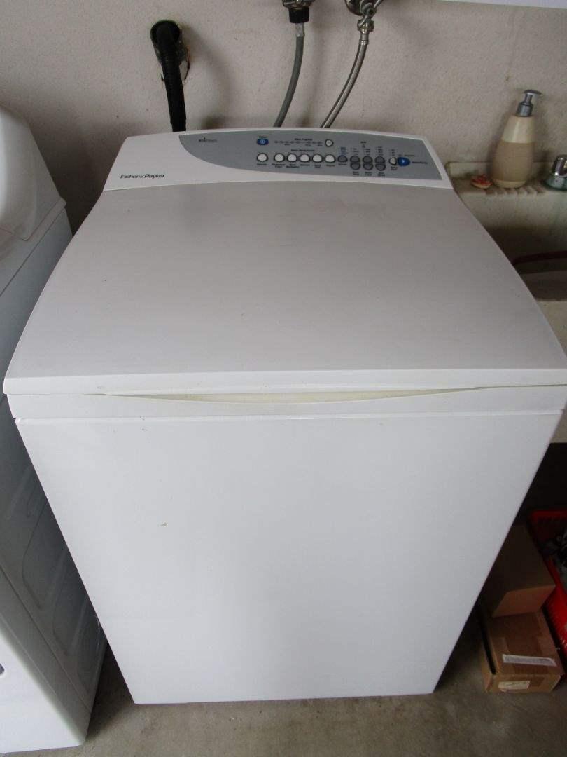 Lot # 226 - Washing Machine - Fisher & Paykel (main image)