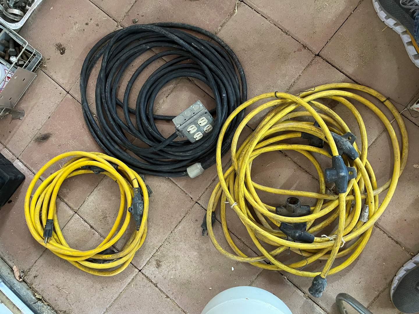 Lot # 329 - HEAVY DUTY POWER CORDS W/LIGHT SOCKETS AND OUTLETS (main image)