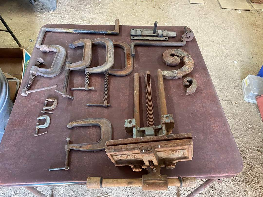 Lot # 326 - ADJUSTABLE C CLAMPS (main image)