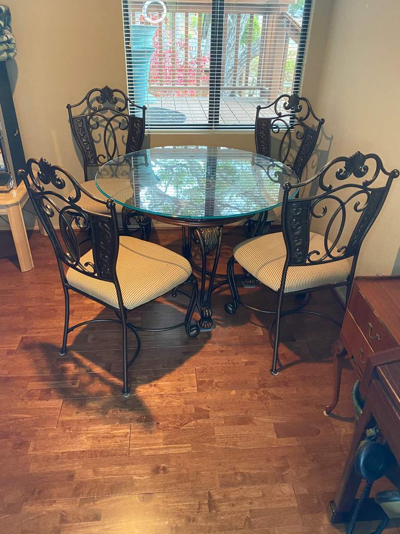 Lot # 28 - TABLE WITH 4 CHAIRS (main image)