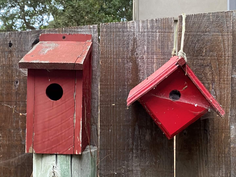 Lot # 65 - 4 BIRD HOUSES (main image)