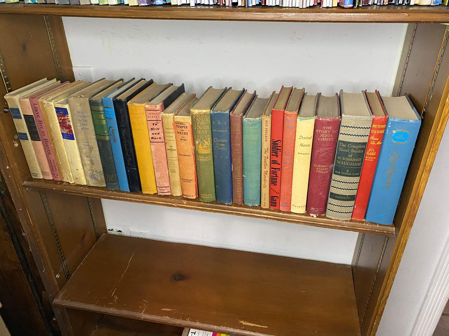 Lot # 21 - COLLECTION OF VINTAGE BOOKS (main image)