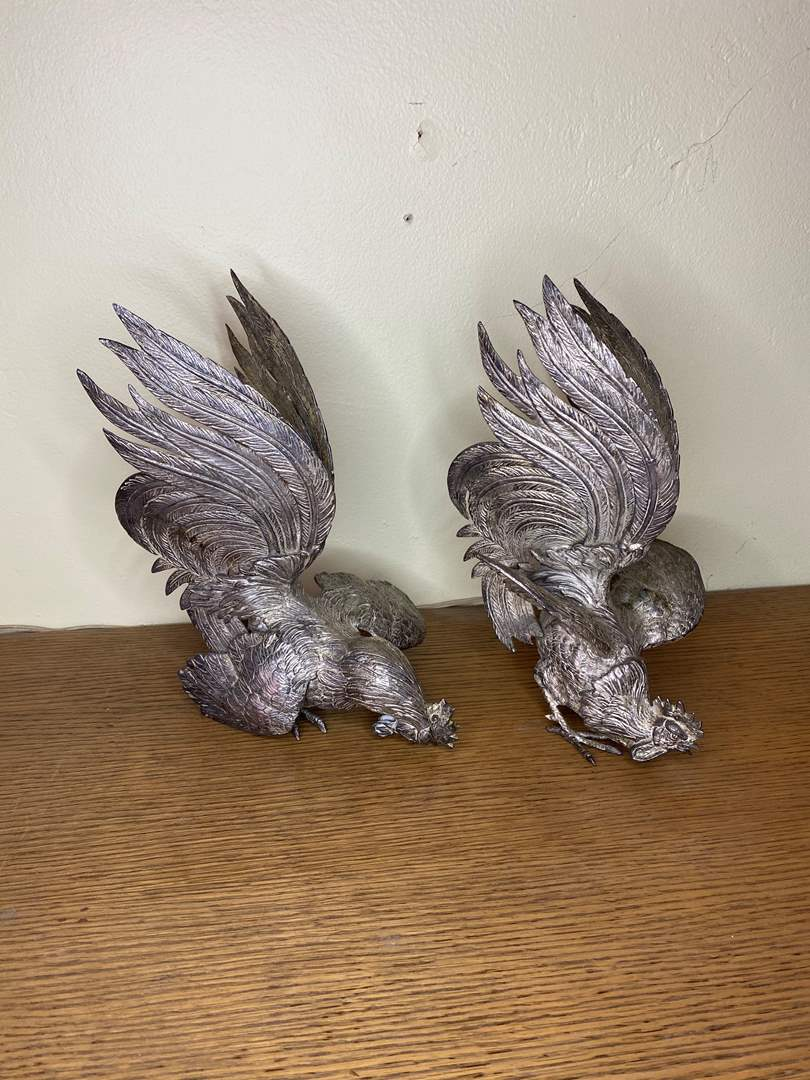 Lot # 44 - VINTAGE CAST ROOSTERS (main image)
