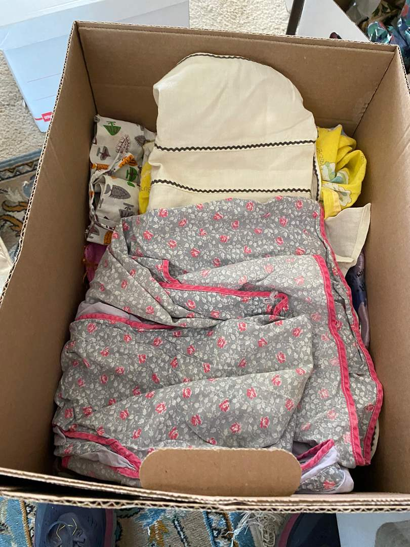 Lot # 109 - BOX OF VINTAGE APRONS AND OTHER ITEMS (main image)