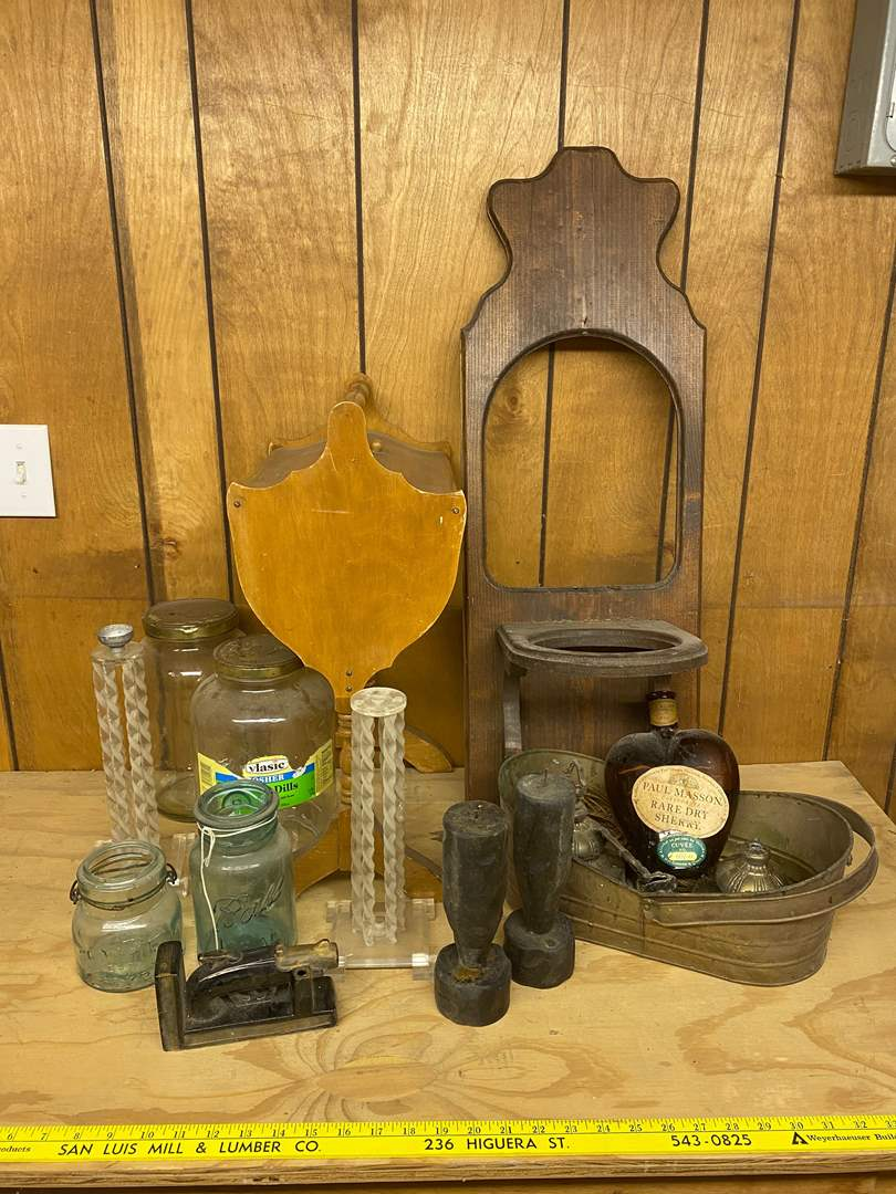 Lot # 199 - VINTAGE GOODS (main image)