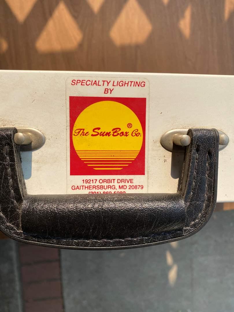 Lot # 317 - SUN RAY BY THE SUN BOX CO. (main image)