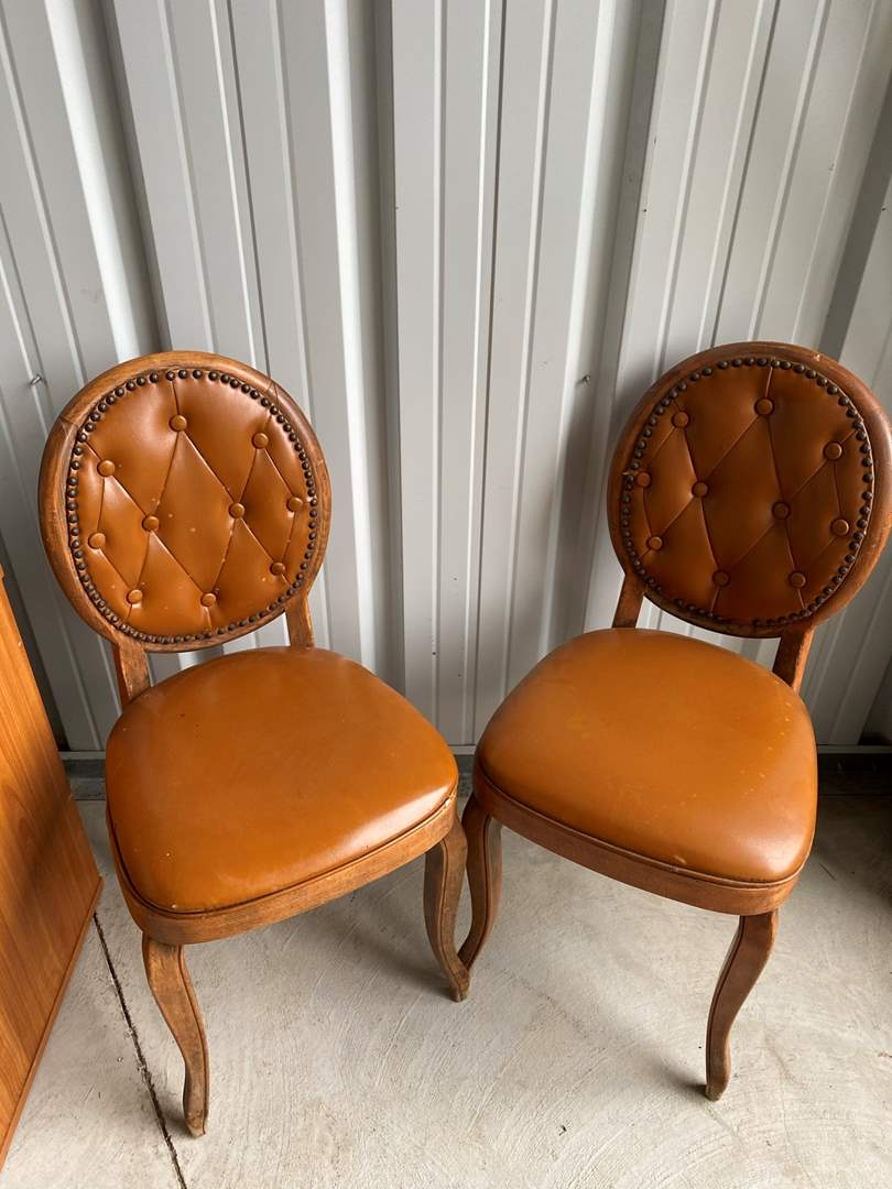 Lot# 4- Pair of Oval Back Dining Chairs (main image)