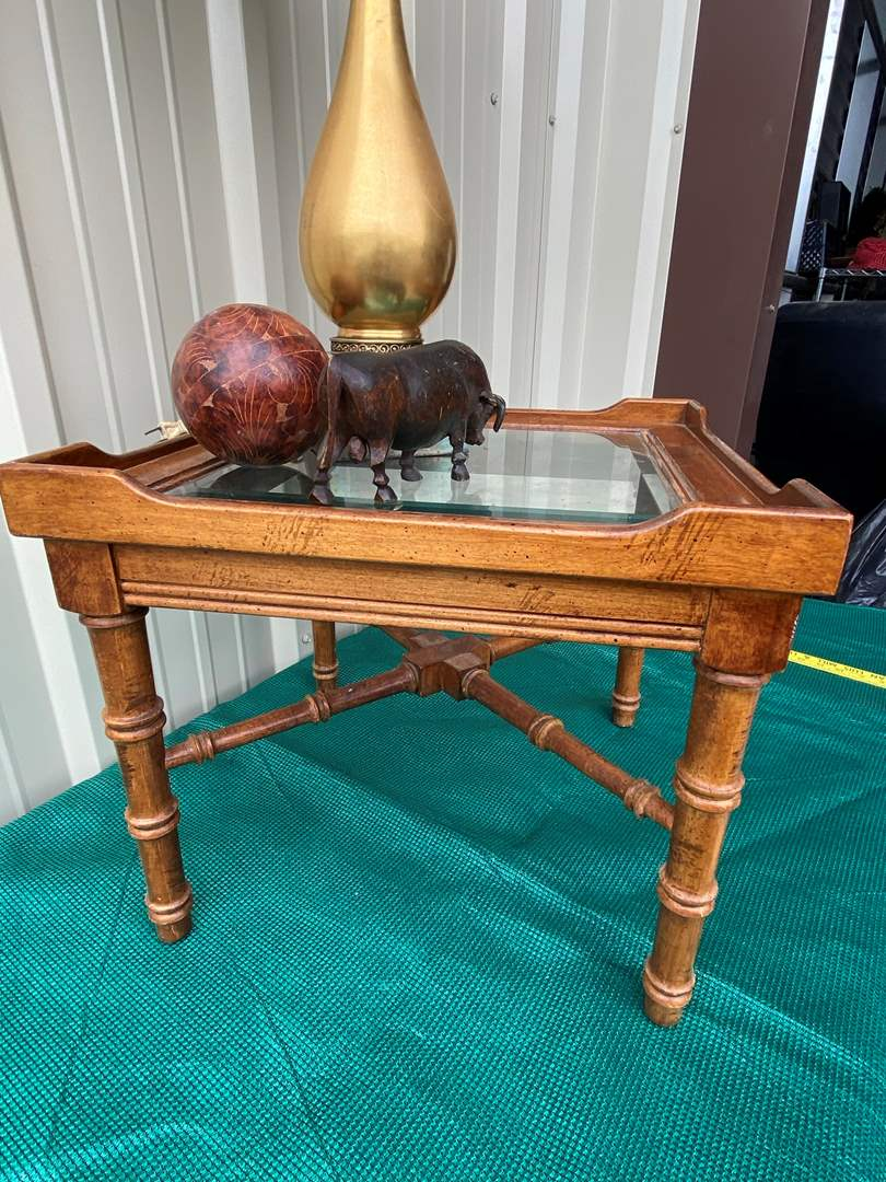 Lot# 18- Victorian Style Lamp/ Wood Carvings/ Glass Top End Table (main image)