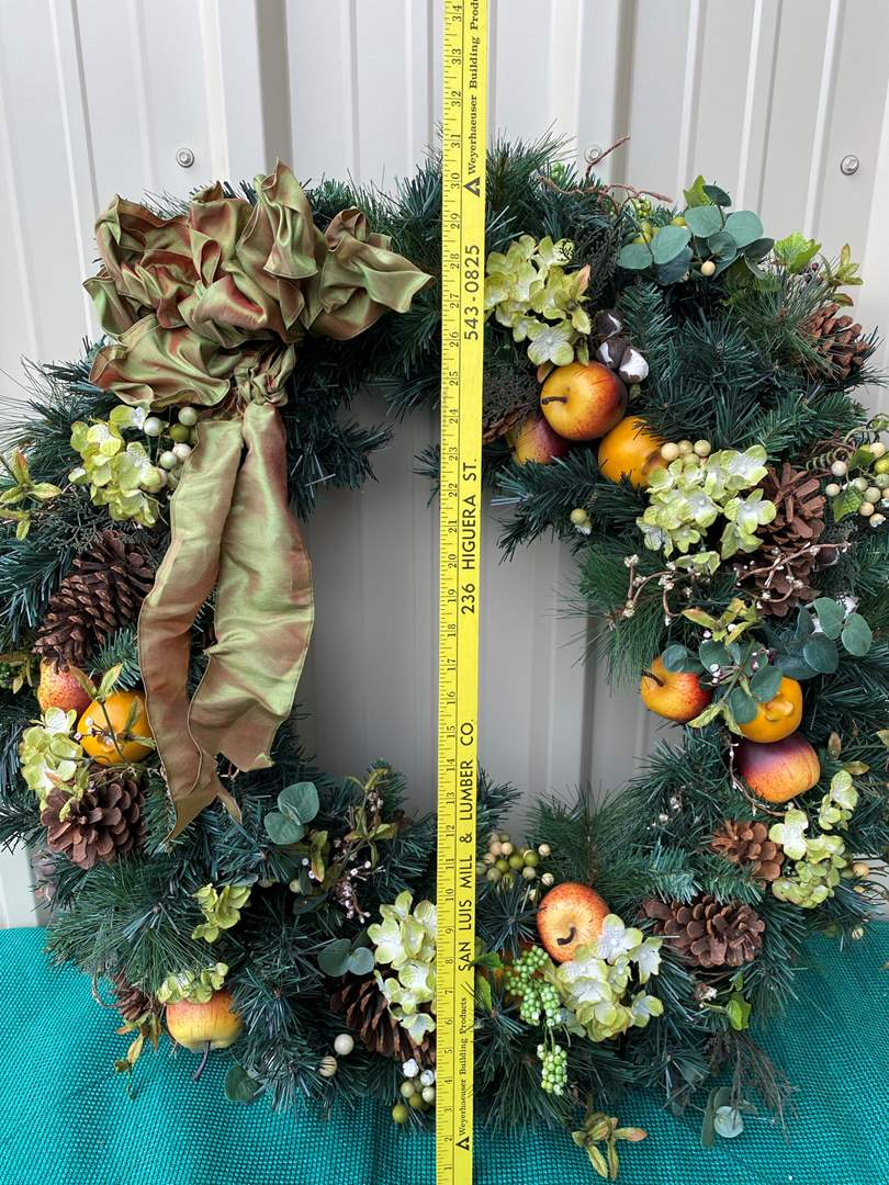 Lot# 35- Large Home Wreath (main image)