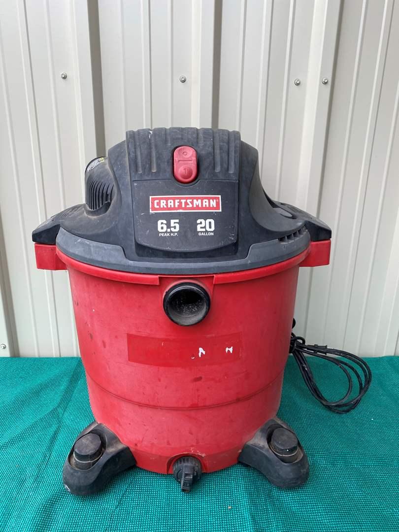 Lot# 37- Craftman 20 Gallon Shop Vac (main image)