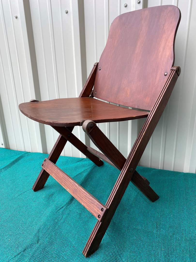 Lot# 54- Vintage Folding Chair-Michigan Seating Company (main image)