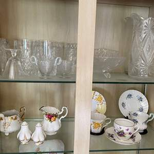 Lot # 33 - ANTIQUE DISHES, CRYSTAL AND GLASS ITEMS