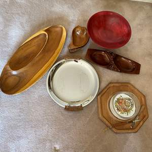 Lot # 39 - VINTAGE SERVING PIECES - TEAK AND OTHERS