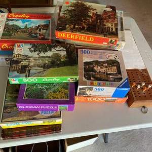 Lot # 155 - PUZZLES AND GAMES