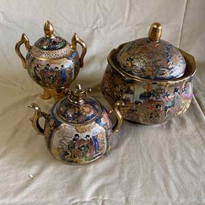 Lot # 37 - SATSUMA LOVELY COVERED DISHES