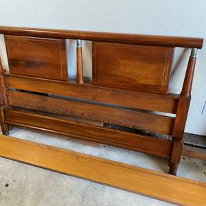 Lot # 87 - MID CENTURY MODERN DOUBLE BED FRAME