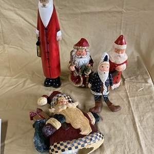 Lot # 118 - CHRISTMAS LOT 3 - SANTAS