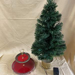 Lot # 129 - CHRISTMAS LOT 14 - FIBER OPTIC TREE & SERVING TRAY