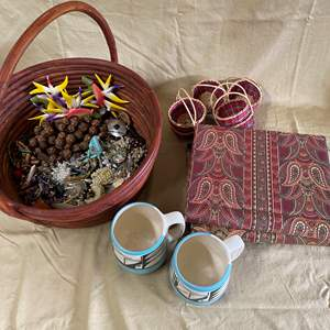 Lot # 137 - COSTUME JEWELRY - PHOTO ALBUMS AND MISC ITEMS