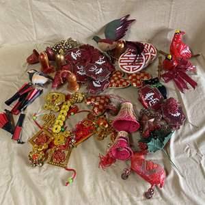 Lot # 136 -  CHRISTMAS LOT 21 - ASIAN THEMED ITEMS