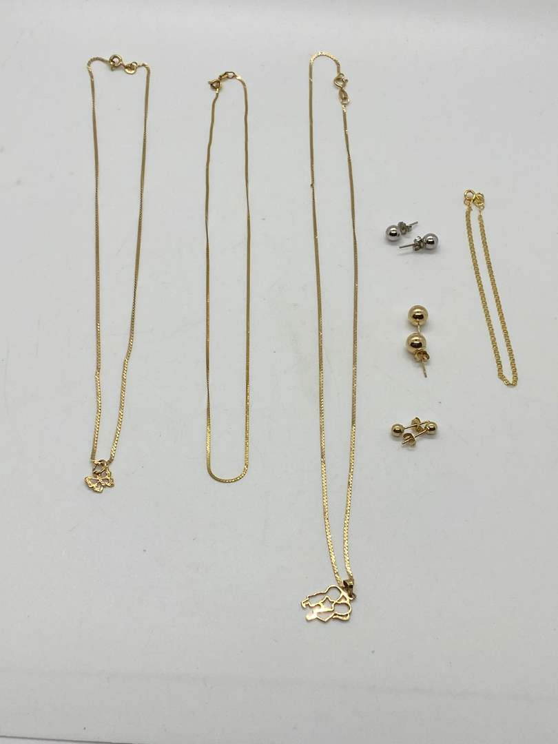 Lot # 245 - 14K & 10K GOLD NECKLACES & EARRINGS (7.6g) (main image)