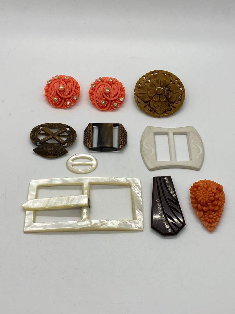 Lot # 78 - VINTAGE BUCKLES, EARRINGS AND CLIPS (main image)
