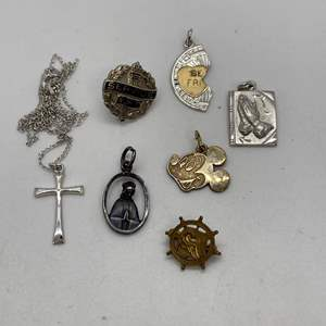 Lot # 55 - STERLING CHARMS (14.0g)