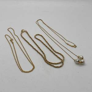 Lot # 62 - 3 GOLD 14k NECKLACES (7.7g total weight)