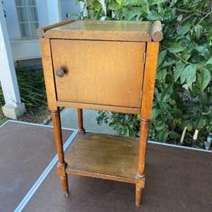 Lot # 137 - VINTAGE TELEPHONE STAND/CIGAR TABLE