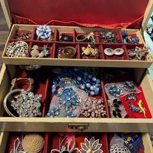 Lot # 171 - BOX FULL OF VINTAGE JEWELRY