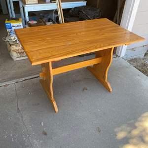 Lot # 191 - VINTAGE WOOD TABLE