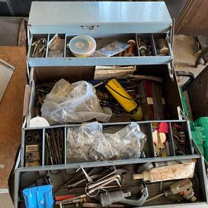 Lot # 203 - TOOL BOX WITH TOOLS