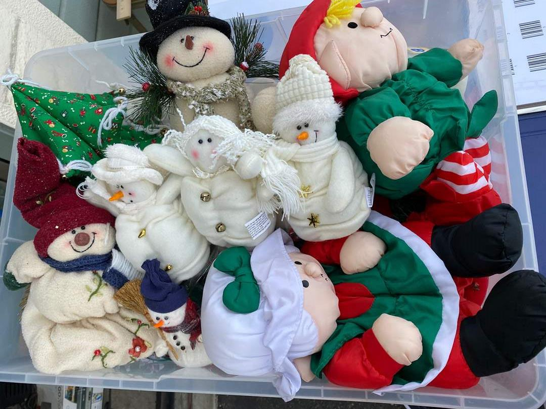 Lot # 1 - LARGE TOTE OF CHRISTMAS GOODS (main image)