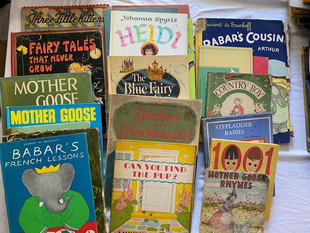 Lot # 92 - LARGE BOX OF VINTAGE CHILDREN'S BOOKS (main image)