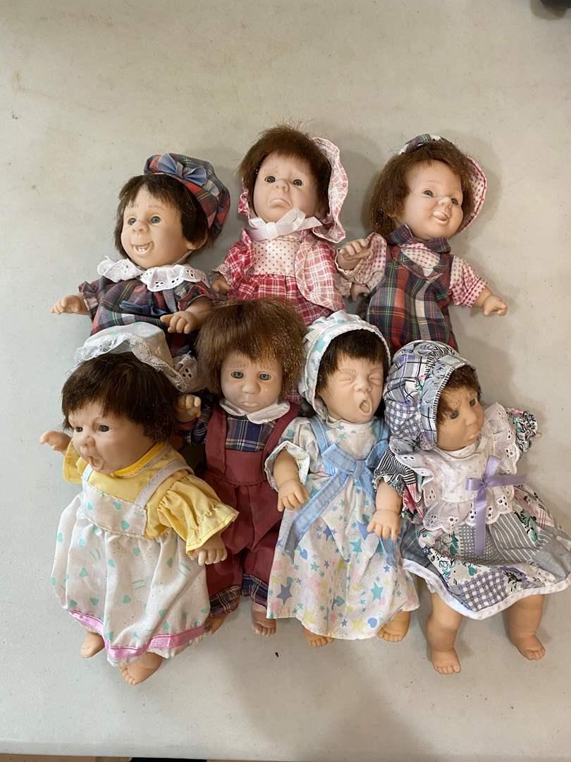 Lot # 90 - Gi-Go Expressions Dolls (main image)